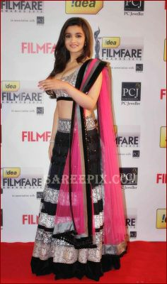 Alia Bhatt in manish malhotra lehenga at FilmFare awards 2013 | Beautiful saree and lehenga pictures
