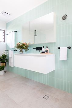 Bella Vie Interiors was engaged to reinvent an outdated family bathroom. Large Bathrooms, Amazing Bathrooms, Small Bathroom, Master Bathroom, Bathroom Renos, Bathroom Interior, Shaving Cabinet, Serene Bathroom, Bathroom Mirror Cabinet