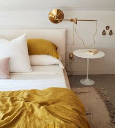 home accents bedroom At home in Hudson with Hawkins New York (and their mustard-colored sheets) Pippa Drummond Hudson Homes, Minimalist Bedroom, Minimalist Decor, Modern Bedroom, Modern Wall, Trendy Bedroom, Contemporary Bedroom, My New Room, Beautiful Bedrooms