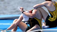 Tips for the sick rower Sore Throat And Cough, Scratchy Throat, Caffeine And Alcohol, Rowing Workout, Flu Like Symptoms, Runny Nose, The Eighth Day, Sports Medicine, Flu Season
