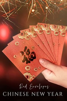 About Chinese New Year Red Envelopes (Lai See or Hong Bao) – La Jolla Mom Curious about the Chinese New Year red envelope meaning? Read this post to learn more about Chinese lai see and for ideas on how to create your own Chinese New Year celebration. Chines New Year, Chinese New Year Party, Chinese Holidays, New Years Eve Party, Chinese Red Envelope, The Joy Luck Club, Asian Party, Chinese Festival