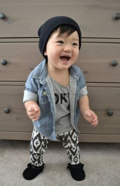 organic leggings in b&w tribal organic baby by ourlittlelullaby