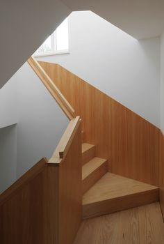 L3 / 304 PURPOSE MADE INTERNAL STAIR FLIGHTS; Two Town Houses; Stephen Taylor Architects