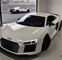y/n's parents are mafia leader's, they died during a mission inheriti… #romance #Romance #amreading #books #wattpad Luxury Sports Cars, Best Luxury Cars, Sport Cars, Luxury Suv, Audi R8 V10, Audi S5, Volkswagen, Fancy Cars, Cool Cars
