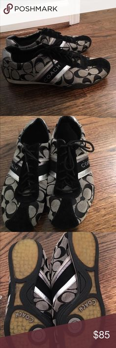 Women coach shoes Excellent condition-box kept. Very comfortable flats. Super cute to dress up your jean attire. Smoke free, pet free home. Coach Shoes Sneakers