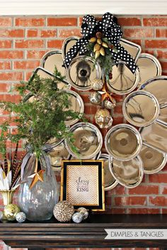 Dimples and Tangles: CHRISTMAS HOME TOUR // Dollar Store metal serving tray wreath