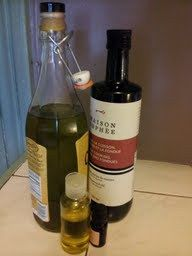 DIY Easy Oil Based Facial Cleanser Recipe: Olive Oil, Grapeseed Oil and Lavender Essential Oil