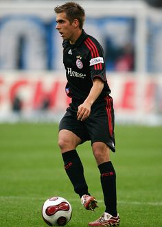 Philipp Lahm Philipp Lahm, Little Giants, Munich, Football Players, Fifa, Germany, Soccer, Bright, Fc Bayern Munich