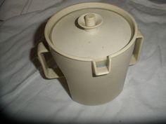 Vintage TUPPERWARE 1970 CREAMER cream Pitcher condiments or sugar beige w/lid