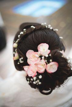 Bride, vintage bride, penteado de noiva, penteado flores naturais, noiva