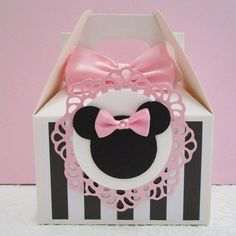 Minnie Mouse Favors, Minnie Mouse Pink, Minnie Mouse Party, Party Themes, Themed Parties, Party Ideas, Gift Ideas, Paper Box Template, Favor Boxes