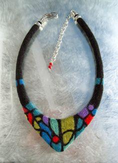 Collier 100% laine de mérinos / Felted wool necklace par lululalaine