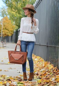 Ya comenzamos a ver en las #tendencias los colores cafés, típicos del #otoño. #SummerIntoFall