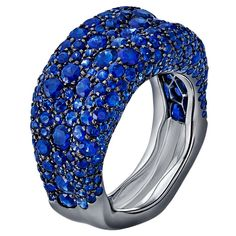 Electrifying blue - here is the thinner version of the Emotion ring by @faberge set with 6.10cts of round #blue #sapphires (£8,145). #faberge