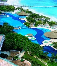 hotel Fiesta Americana Grand Coral Beach Resort & Spa. I NEED to go back!
