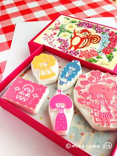 Cute hand curved stamps made by Mizutama.