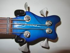 Here is the headstock of the 1999 Lexa bass.