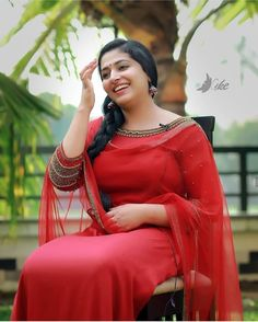 Kerala hot movies actress and unseen cute beautiful girls largest latest hundreds of photos collection of their sexy curvy body show. Beautiful Girl Photo, Beautiful Girl Indian, Most Beautiful Indian Actress, Beautiful Actresses, Beautiful Saree, Beautiful Women, Beauty Full Girl, Beauty Women, Dehati Girl Photo