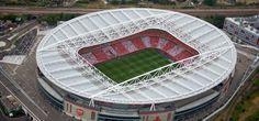 L'Emirates Stadium remporte la médaille du stade générant le plus de revenues en Europe, mais qui sont les autres clubs qui chatouillent de près Arsenal.