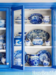 modern kitchen design and decor in blue color - blue china cabinet with blue & white china Blue Dishes, White Dishes, Blue And White China, Love Blue, White White, Color Blue, Delft, Do It Yourself Design, Himmelblau