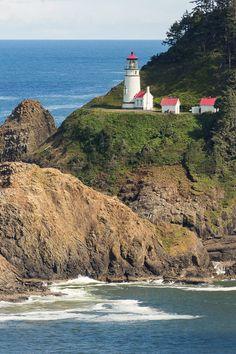 Viewpoints  {how I view Heceta Head Lighthouse}  nadeenflynn.com