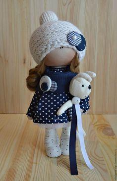 Купить или заказать Интерьерная текстильная кукла в интернет-магазине на Ярмарке Мастеров. Кукла полностью текстильная. Сама сидит и стоит. Одежда не снимается. Кукла может стать идеальным подарком для Ваших любимых.