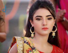 Beautiful Jasmin Beautiful Girl Indian, Simply Beautiful, Beautiful Bride, Prettiest Actresses, Beautiful Actresses, Tashan E Ishq, Indian Tv Actress, Just Beauty, Beautiful Bollywood Actress