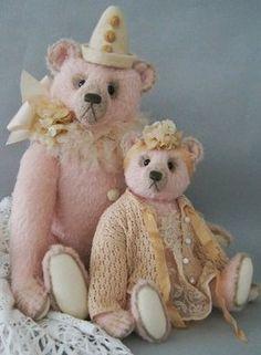 Anna Hoo handgemaakte teddyberen, Brabanthallen 22 en 23 oktober 2016 meer informatie: www.niesjewolters.nl