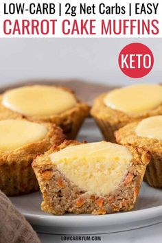 Keto Carrot Cake Muffins with Cream Cheese Filling These low carb carrot cake cream cheese muffins are super delicious. They are like having cheesecake surrounded by a yummy gluten free carrot muffin. Low Carb Sweets, Low Carb Desserts, Dessert Recipes, Dinner Recipes, Vegan Desserts, Low Carb Carrot Cake, Carrot Cake Muffins, Carrot Cake Cheesecake, Low Carb Cheesecake