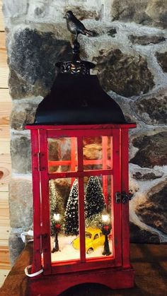 Simple and awesome diy christmas decorations and crafts 10 - Life Hack Diy Christmas Decorations, Christmas Centerpieces, Christmas Projects, Holiday Crafts, Lantern Christmas Decor, Lantern Crafts, Noel Christmas, Rustic Christmas, Christmas Lights