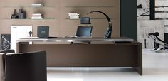 Modern Executive Desk for Your Home Office Modern Italian executive office desks Athos by IVM Modern Executive Desk, Executive Office Furniture, Used Office Furniture, Office Desks, Contemporary Office Desk, Modern Desk, Desk Redo, Home Office Design, Office Style