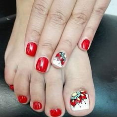 Diseños de uñas decoradas con mandalas Cute Toe Nails, Cute Toes, Pretty Toes, Toe Nail Art, Pretty Nails, Mani Pedi, Manicure And Pedicure, Fingernails Painted, Toe Polish