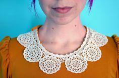collar. Color.