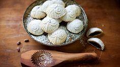 طريقة عمل المعمول بالتمر الشهيّ - Date maamoul recipe