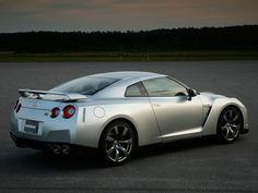 Nissan and Autonomous Drive #automakers Nissan GTR