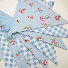 Fabric Bunting Shabby Cottage Style Chic Powder Blue Rosebud with Pale Blue Gingham. This charming country style bunting is made out of two alternating medium-weight cotton fabrics.