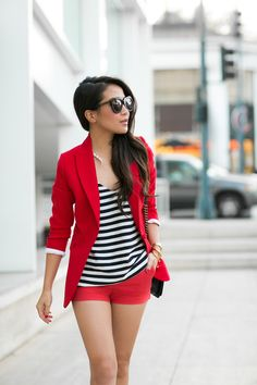 Cute Red Suit Outfit Idea a red blazer with red shorts Short Outfits, Spring Outfits, Cool Outfits, Casual Outfits, Red Outfits, Casual Blazer, Red Shorts Outfit, Look Fashion, Fashion Outfits