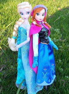 Anna and Elsa classic dolls from disney store