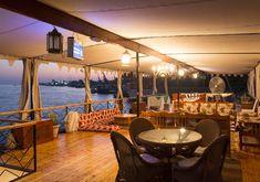 croisière sur le Nil, M/S Nile Stephanie Excursion, Historical Sites, Cruises, Temples, Boats, Sailing, Scenery, Patio, Table Decorations
