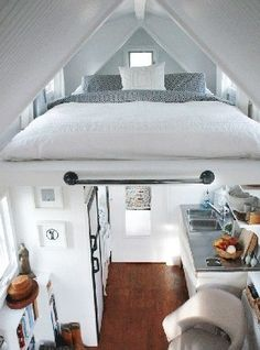 Living Room and Lounge, Astonishing Tiny House Interior Design Digital Photography With Loft Bedroom Design Ideas And Narrow Home Theater Also Laminate Wood Flooring In Bathroom : Cool Tiny House Interior Design Ideas With Loft Bedroom Tiny Apartments, Tiny Spaces, Small Living Spaces, Sweet Home, Tiny House Living, Living Room, Kitchen Living, Room Kitchen, Gypsy Living