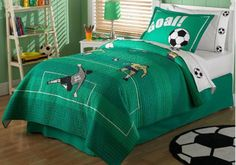 Soccer quilt and pillow sham set - great soccer #gift for kids. Click through for even more soccer gift ideas.