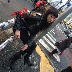 最近もっぱら持ち物がビール . .  #셀카#셀스타그램#얼스타그램#셀피#럽스타그램#남성#모델 #일본#카메라#셀카#셀스타그램#얼스타그램#셀피#럽스타그램##fashion#model#shooting#japan#photo#artwork#art#japanes#man#boy#tokyo#fashionmodel#asianmodel#