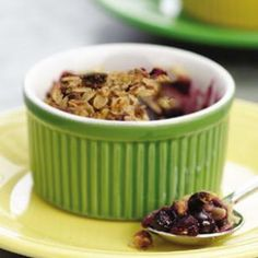 Mini Fruit Crumbles-- Without a doubt one of the easiest and most delicious baked desserts ever.