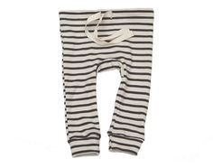 """everyone's favorite leggings, super soft and slim-fitting with a twill tape drawstring and circle gusset on the seat.all of our organic cotton products are made ethically in the usa from start to finish, from the cotton, through the custom low-impact dying and finally to the sewn garment.natural with charcoal stripe3m, 6m, 12m, 18m, 2/3, 4/5, 6/7100% organic cottonmade in usaInseam measurements:3m: 9""""6m: 10.5""""12m: 11""""18m: 12""""2/3:..."""