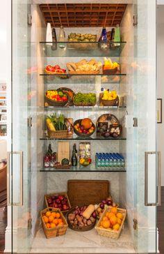 Yolanda Foster's infamous custom floor-to-ceiling glass refrigerator ...