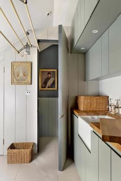 Utility Room - Bright Modern Family Home Boot Room Utility, Small Utility Room, Utility Room Storage, Utility Room Designs, Laundry Room Storage, Laundry Room Design, Laundry Rooms, Utility Closet, Small Laundry