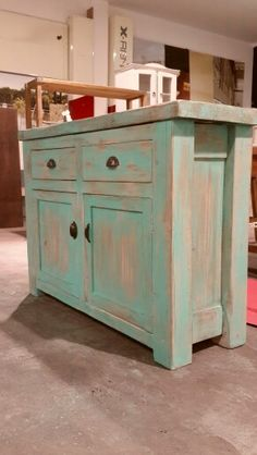 #Consola de Apoyo living medidas: 1.00 x 0.40 x 0.90 Chalk Paint Furniture, Deco Furniture, Recycled Furniture, Furniture Makeover, Home Furniture, Narrow Kitchen Island, Shabby Chic Storage, Distressed Furniture, Dyi