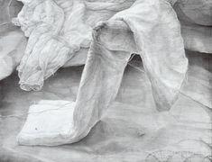 ふなばし美術学院は東京芸術大学、美術大学の受験、入試をサポートする千葉県船橋市にある美術予備校です。1967年創立の千葉県の代表的な美術学院です。 Pencil Drawings, Sketches, Fine Art, Statue, Black And White, Illustration, Animation, Inspiration, Drawing Drawing