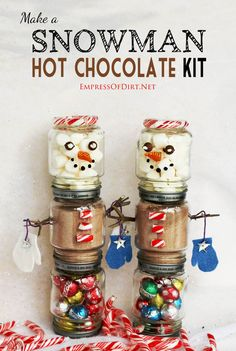 Make a snowman hot chocolate kit from baby food jars for under $5