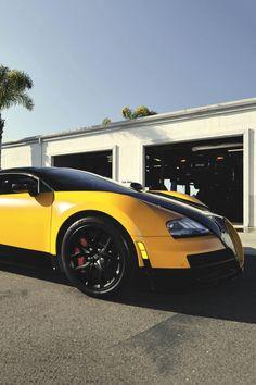 artoftheautomobile:  Bugatti Veyron Grand Sport Vitesse via...